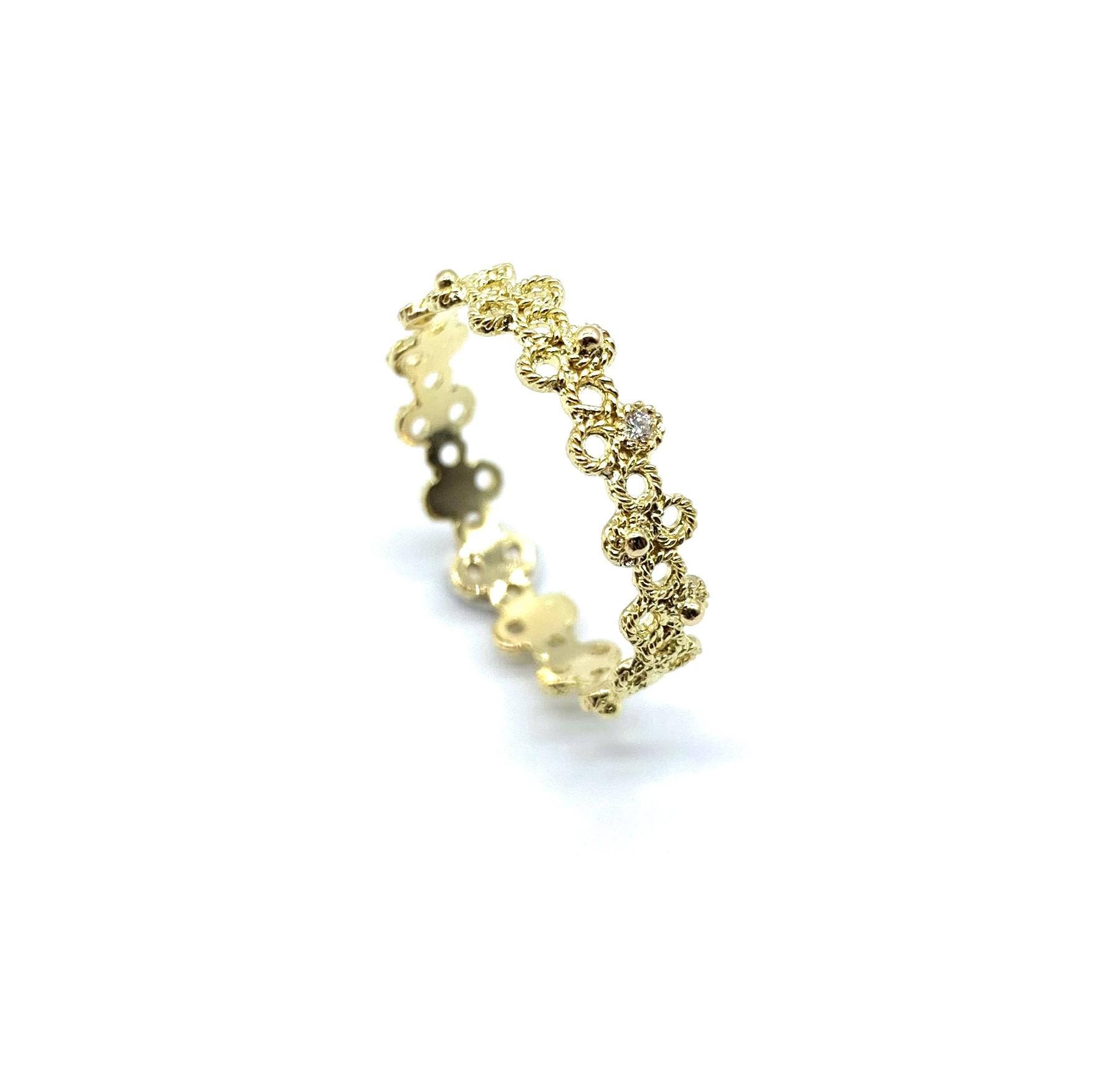 gold-diamond-ring