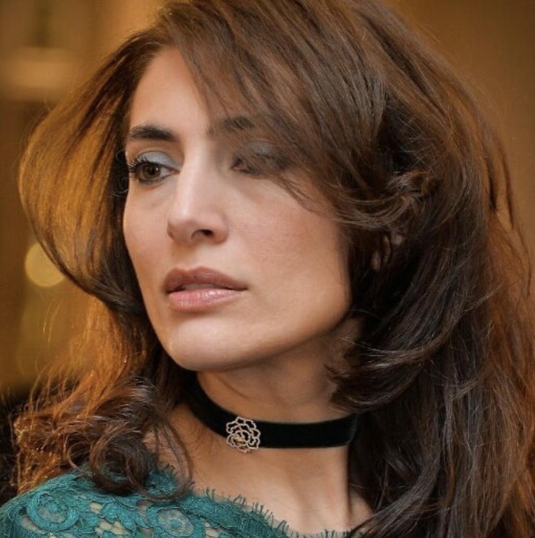 Caterina murino with Velvet Choker